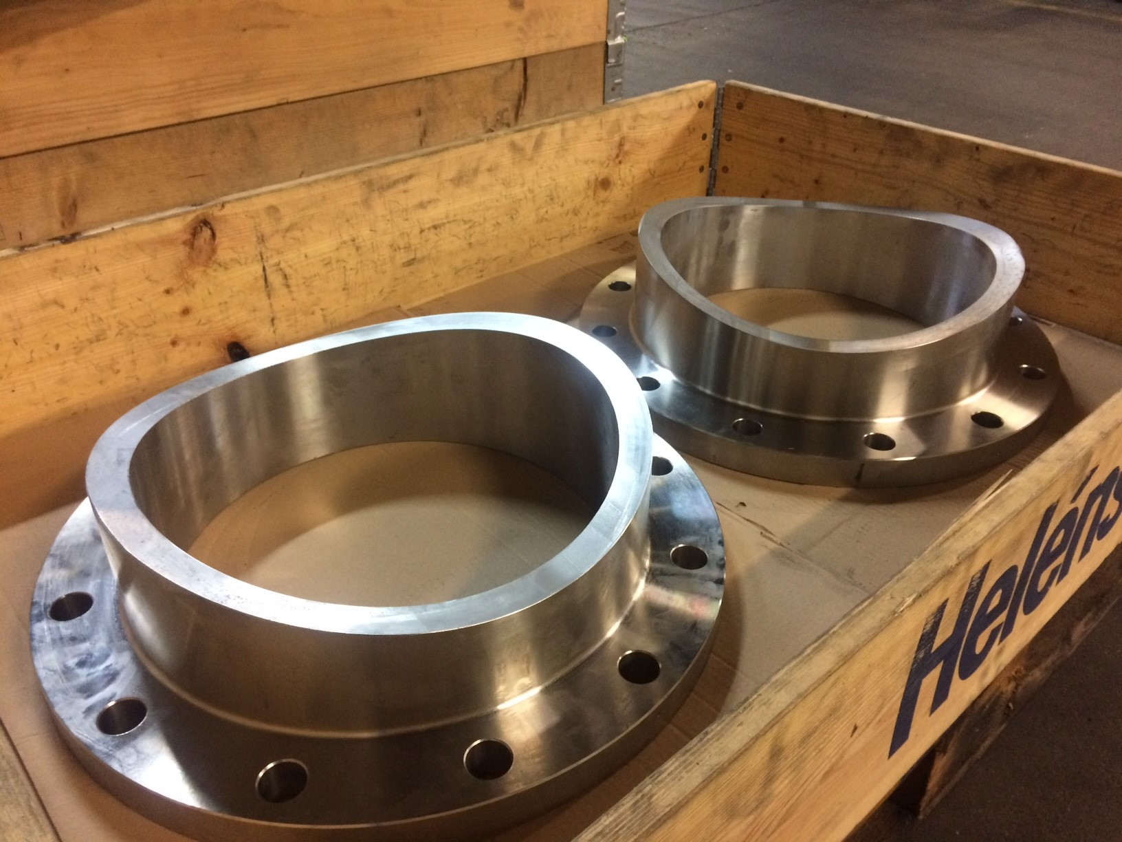 HERTECANT FLANGES, partner for specials!